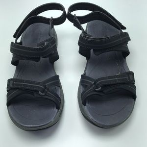 Easy Spirit Epler Black Sandals - Size 10